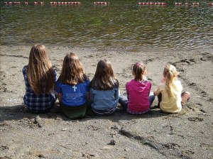 """""""La ligne établissait la responsabilité de chacun envers les autres"""". 5 soeurs par Christine Vincent"""