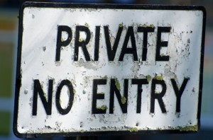 Privé No Entry par George Hodan