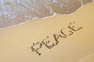 Mot de paix dans le sable par Petr Kratochvil