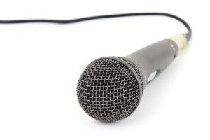 """Les radios chrétiennes : des radios """"autrement"""" ?"""