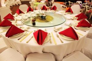 Le Messie a-t-il Sa place à table ? Est-il l'hôte attendu ?