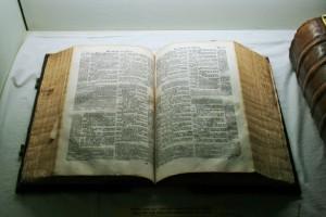"""Avant d'ouvrir la Bible, il convient d'abord d'être """"ouvert"""" soi-même...."""